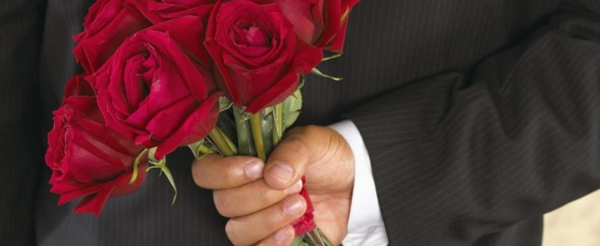 Как определить что мужчина тебя хочет
