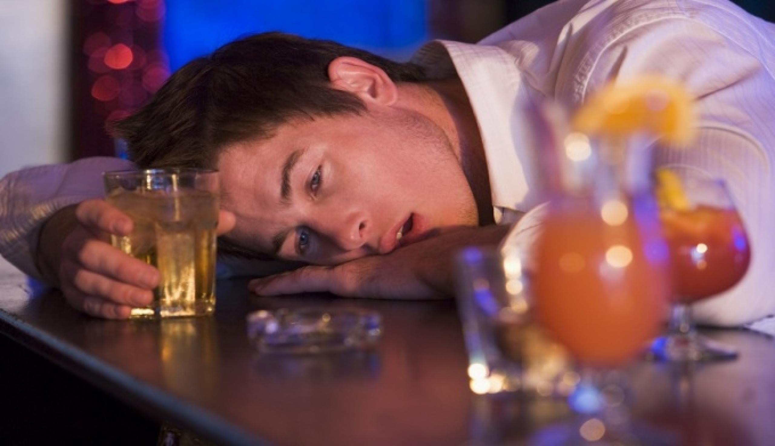 Как вывести из алкогольного состояния в домашних условиях 91